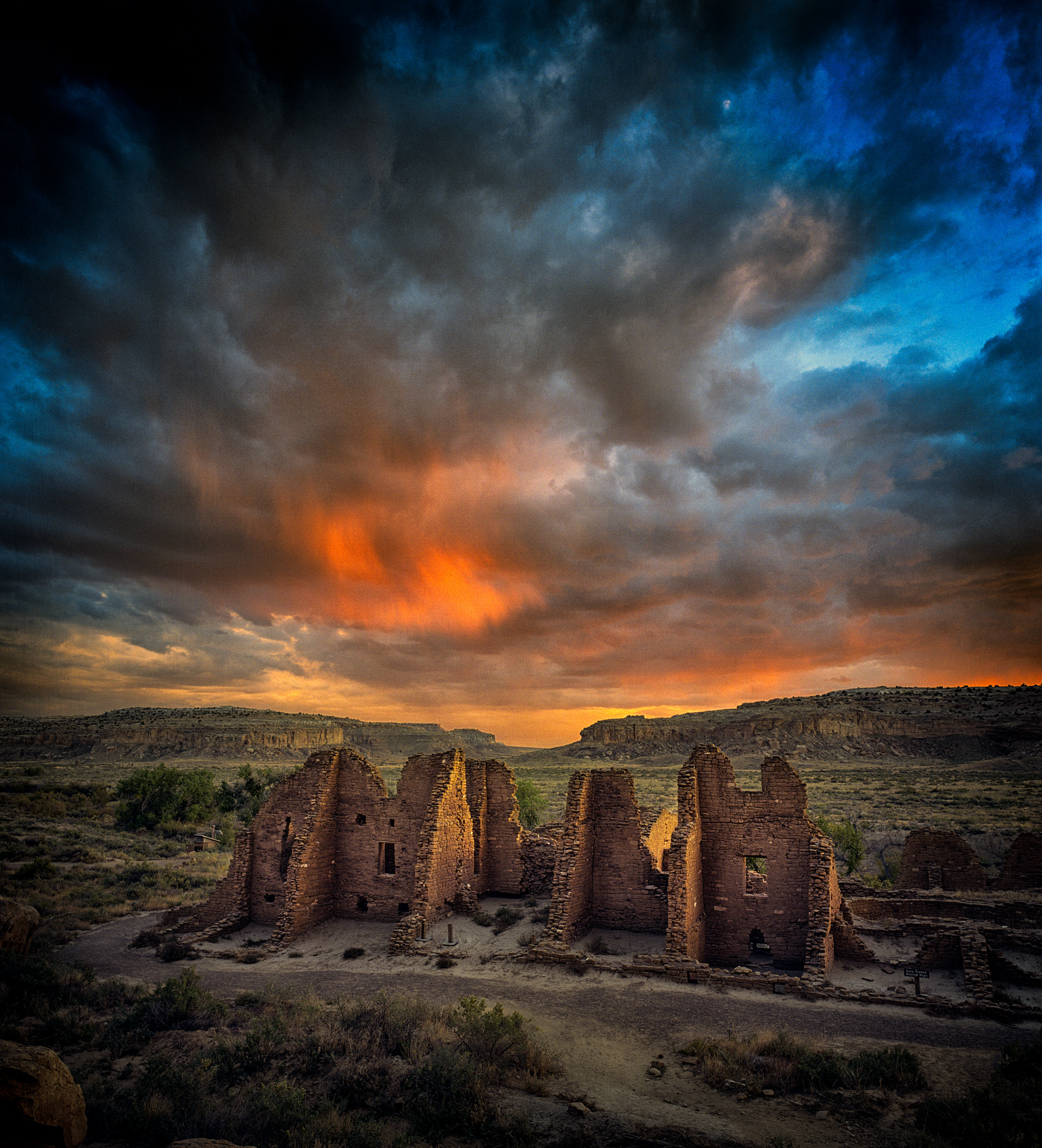sunset-chaco-canyon_mini