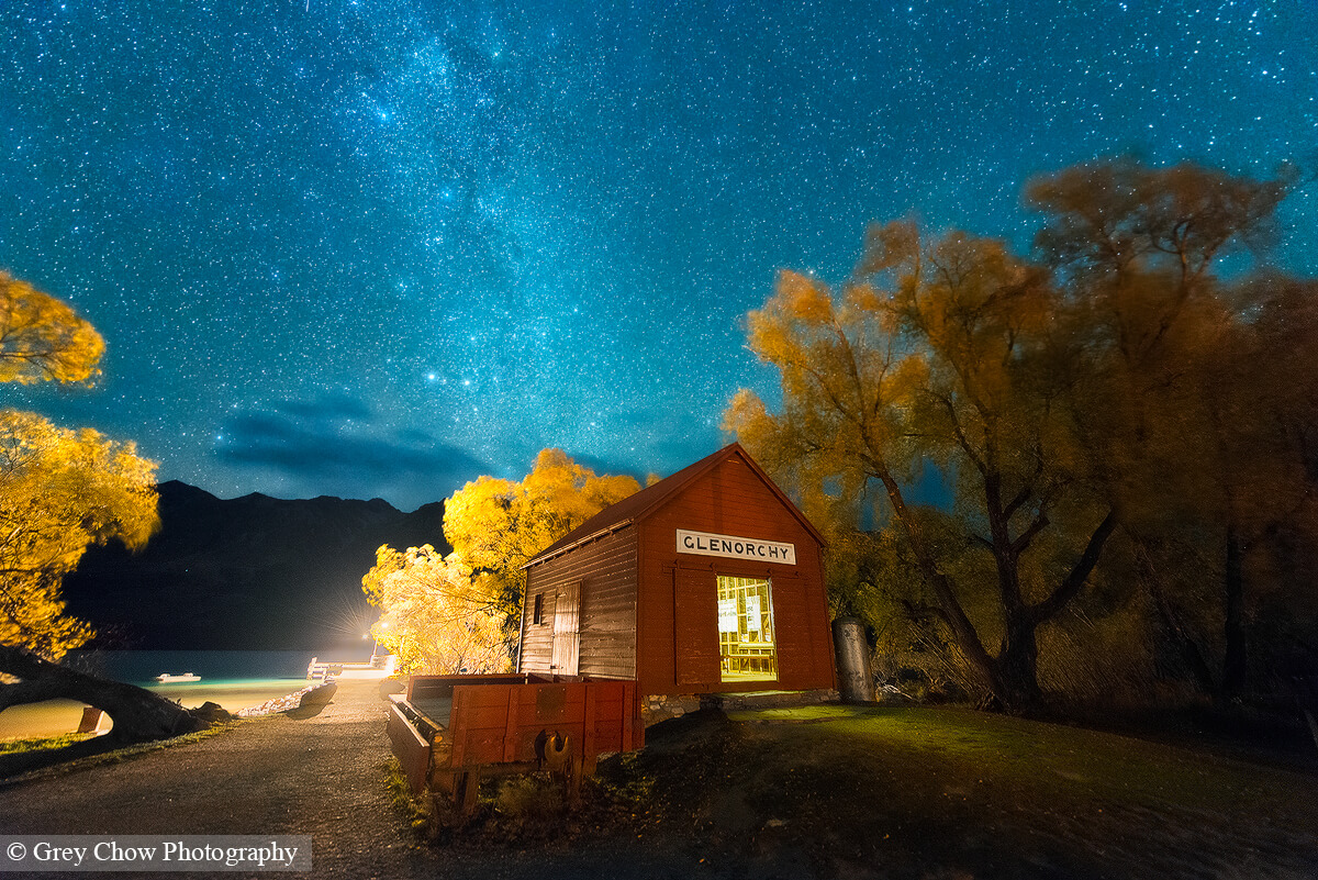 Milky Way above a small hut in Glenorchy