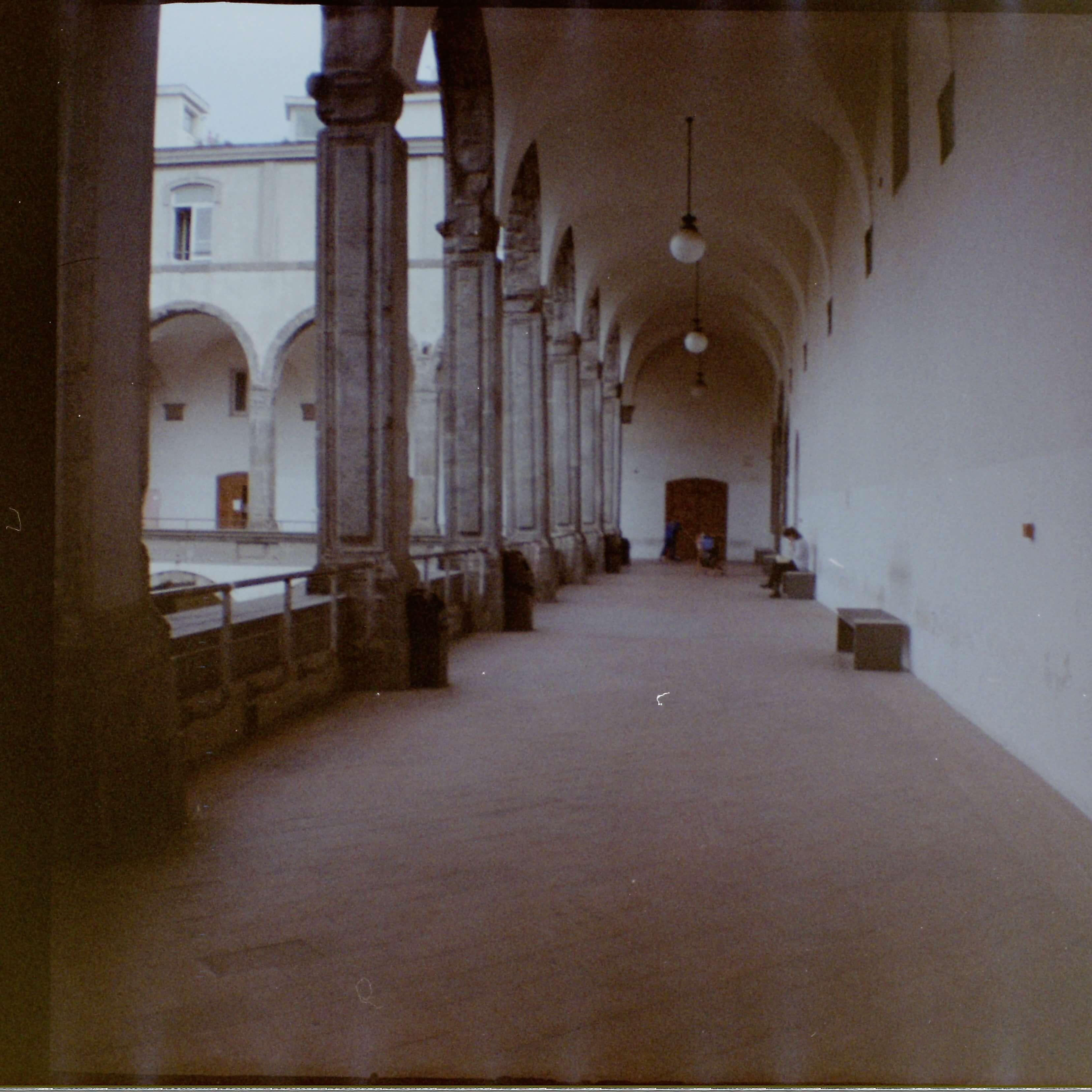 film photo corridor