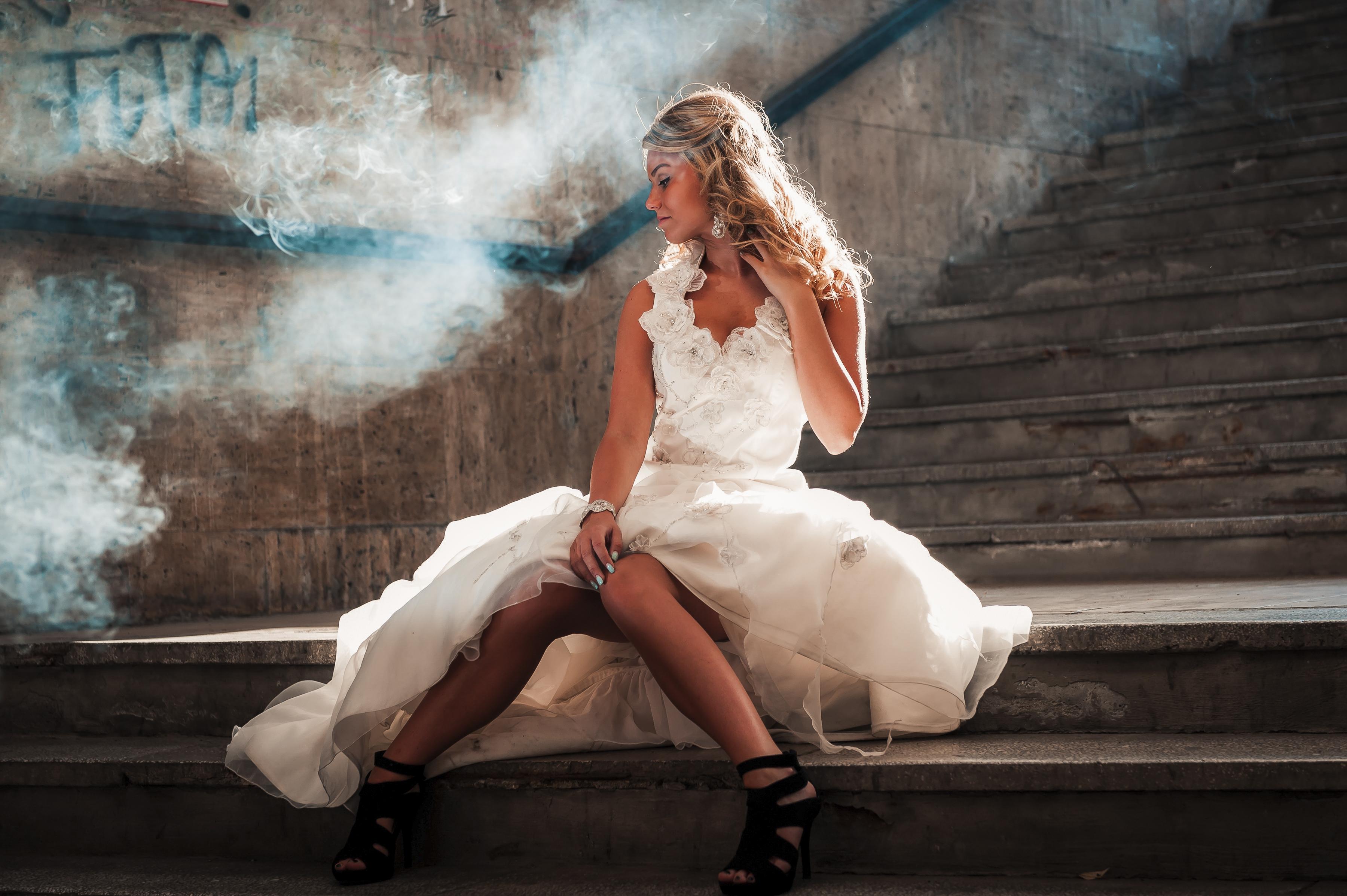 https://sleeklens.com/wp-content/uploads/2018/09/wedding-lightroom-presets-signature-bride-groom-after-10.jpg