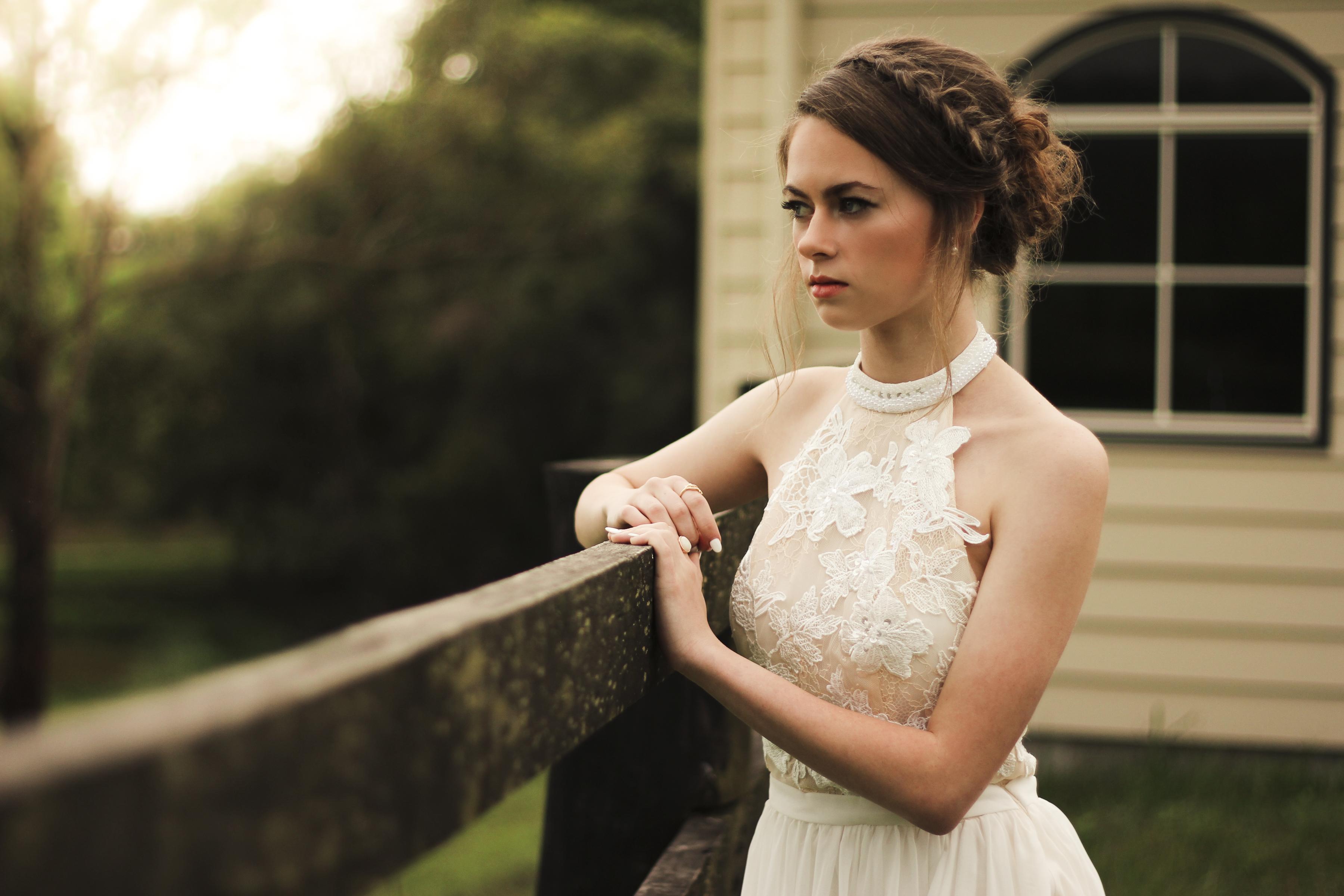 https://sleeklens.com/wp-content/uploads/2018/09/wedding-lightroom-presets-signature-bride-groom-after-8.jpg