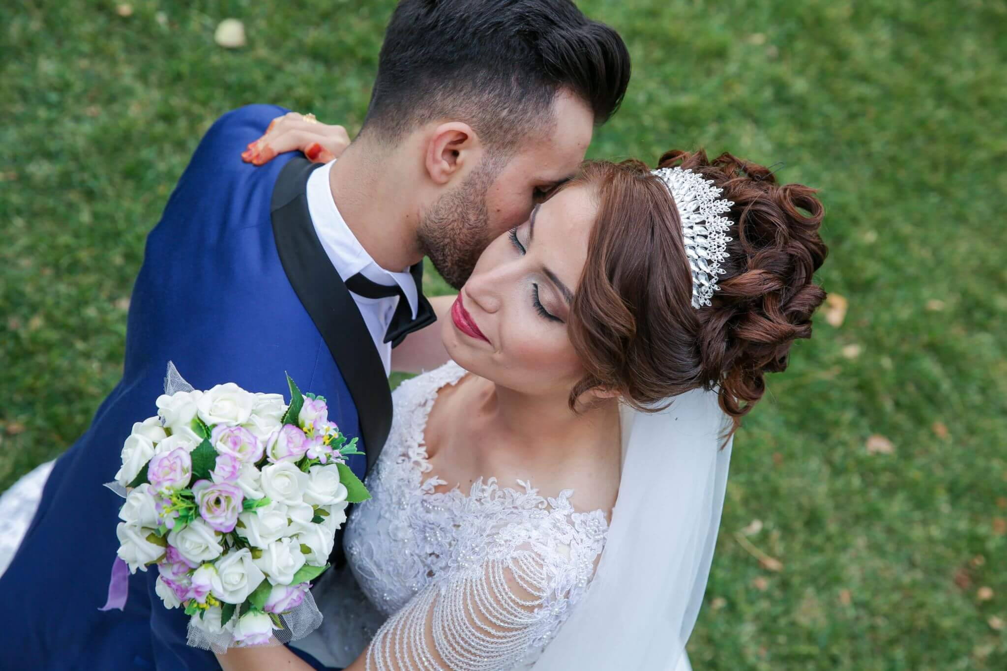 https://sleeklens.com/wp-content/uploads/2020/03/Just-Married-Before.jpg
