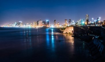 The Blue Hour: How to Use This Time to Shoot the City at Night