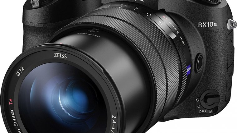 Sony Cyber-shot RX10 III Review: A Camera for Enthusiasts