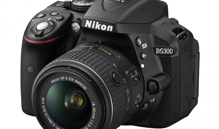 Exploring the Nikon D5300: A Mid-Range DSLR Camera