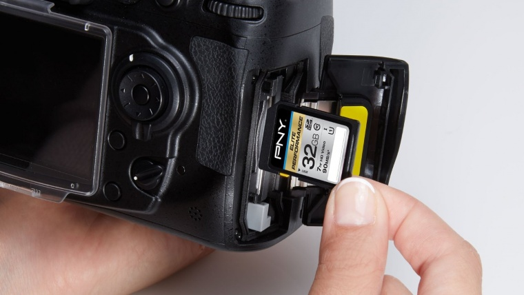 Best SD Cards for Photographers Reviewed in 2019 | Sleeklens