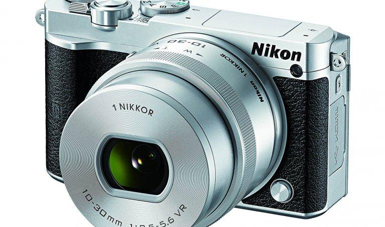 Nikon 1 J5 Review: A High Tech Mirrorless Camera