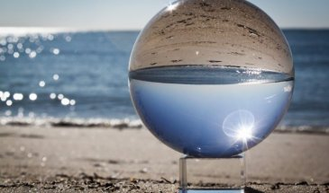 Crystal Ball Photography: Creative Effects Minutes Away!