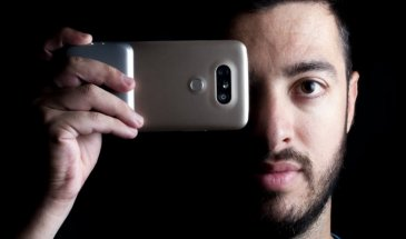 Dual Camera Vogue: Taking Mobile Photography A Step Further