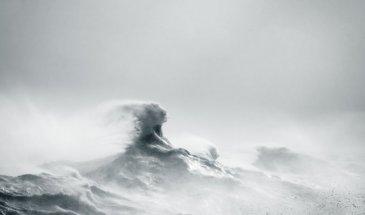 Photographer Focus: Coastal Photography with Rachael Talibart