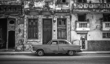 How to Know Which Photos Will Look Awesome in Black and White