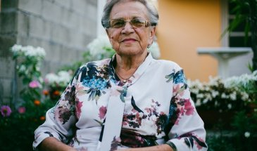 6 Tips for Photographing Older People