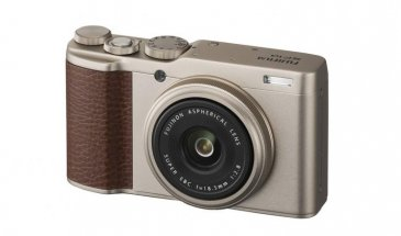 Fujifilm XF10 Review: A New Concept in Compact Cameras