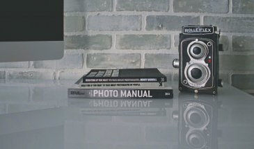 The Best 11 Books Every Photographer Must Read in 2021