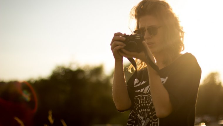 f1f013a90389 How to Become a Photographer and Start Your Own Photography Business