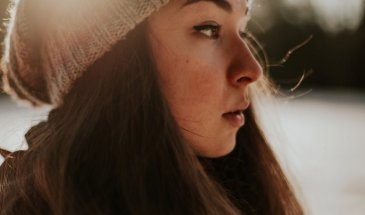 How to Take Self-Portraits That Look Spontaneous